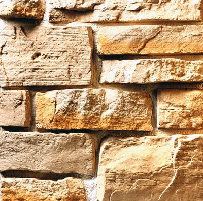 Отделка искусственным камнем